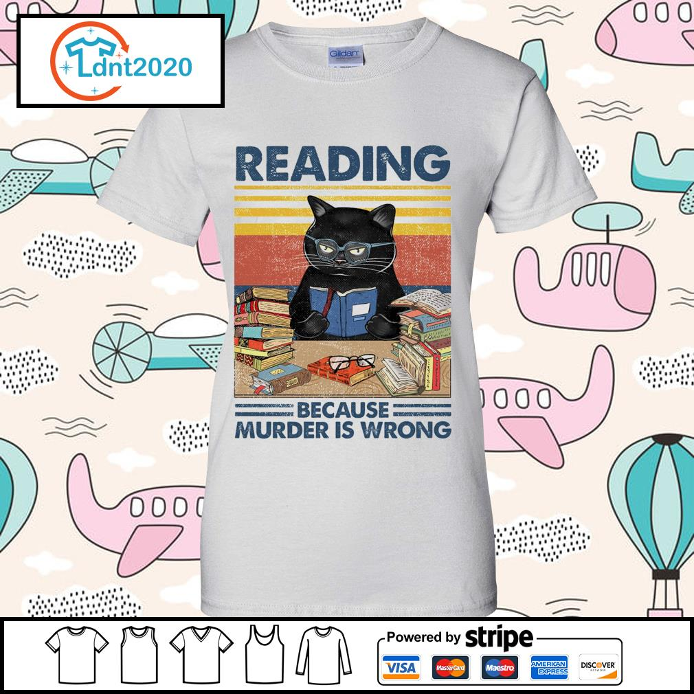 Black cat reading because murder is wrong vintage s ladies-tee